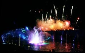 un-spectacle-pyrotechnique-du-cirque-du-soleil-au-futuroscope