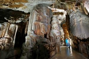 Cuevas de Potojna