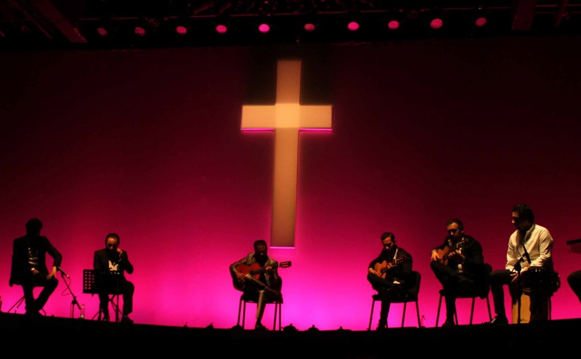 Los gitanos cantan a Dios