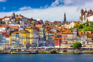 porto-portugal-old-town-skyline-from-across-the-douro-river-1447890719-gOm4_80_1500_999_2ffe4e