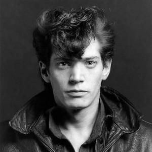Foto 1 Self Portrait, 1980. ©Robert Mapplethorpe Cortesía de la Fundación Robert Mapplethorpe