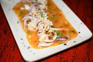 Calamares de potera salteados al wok al estilo agripicante