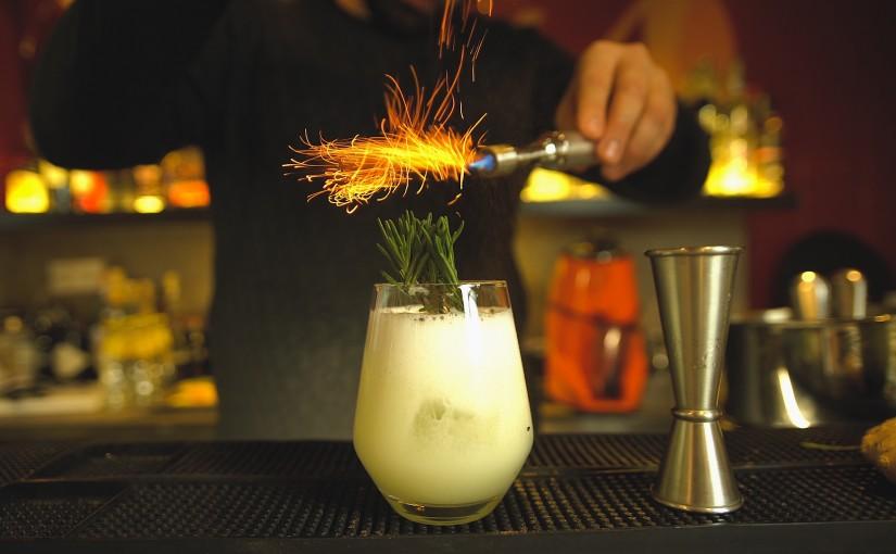 Alma Cocktails & Tapas