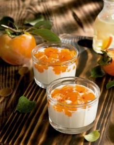 Crema de cuajada con palosanto, un postre sencillo y delicioso