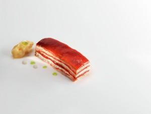 nerua lasaña de tomate, natas y hile mixe foto jose luis lope de Zubiria