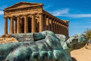 SICILIA_Hak_Bak_Shutterstock.com