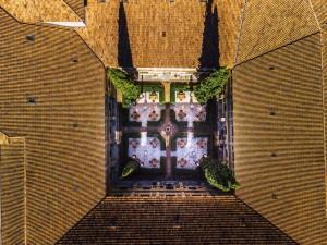 13 Abadía Retuerta claustro desde el aire