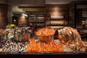 Goji-Kitchen-Bar-buffet-line_Seafood-station-4-1024x683