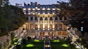 Palacio-Duhau-Park-Hyatt-Buenos-Aires-P141-Facade-Garden.16x9.adapt.1920.1080