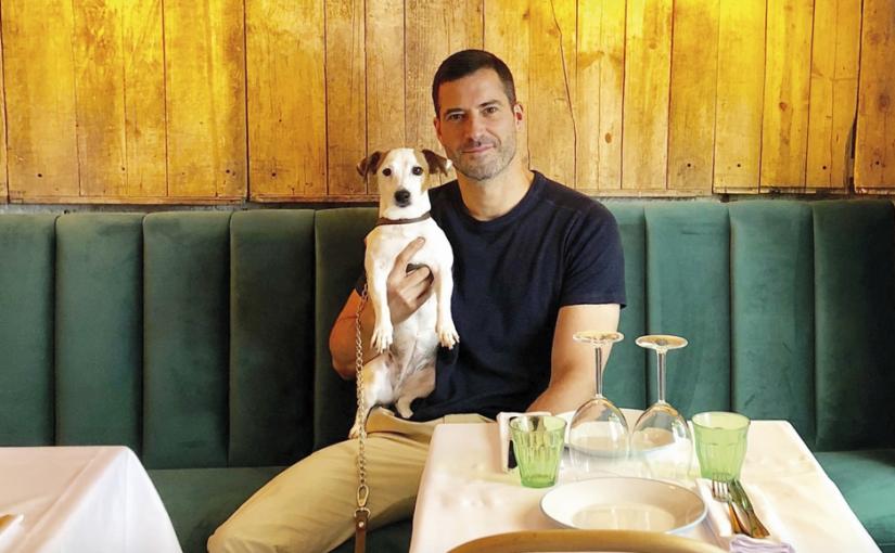 Carlos Moreno Fontaneda o el éxito entre galletas, perros y restaurantes