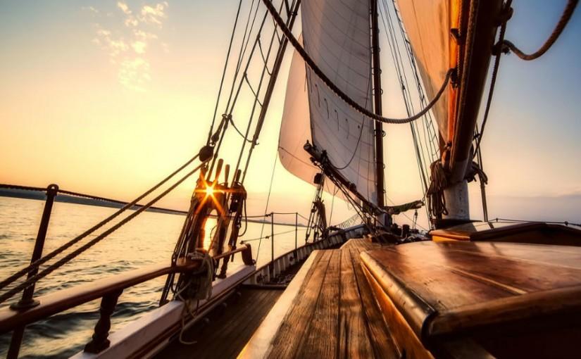 Descubra la costa española en su propio barco