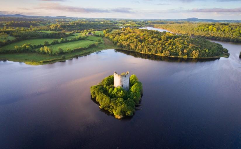 Un castillo irlandés, una postal mágica