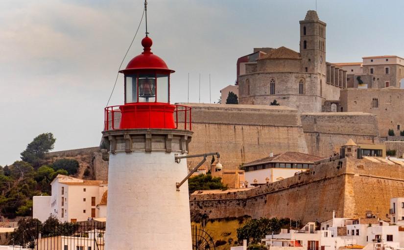Cinco faros imprescindibles en Ibiza